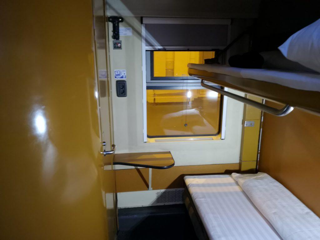 Zug Berlin Teheran - Nachtzug Budapest Bukarest