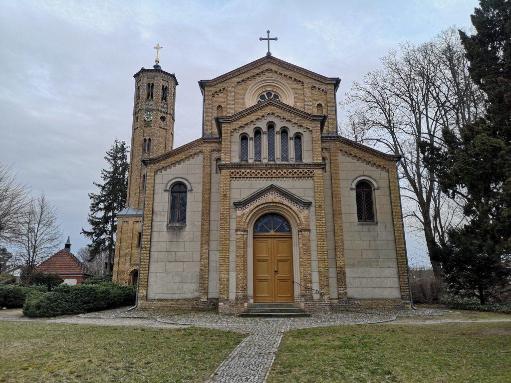 Caputh-Radtour-Kirche