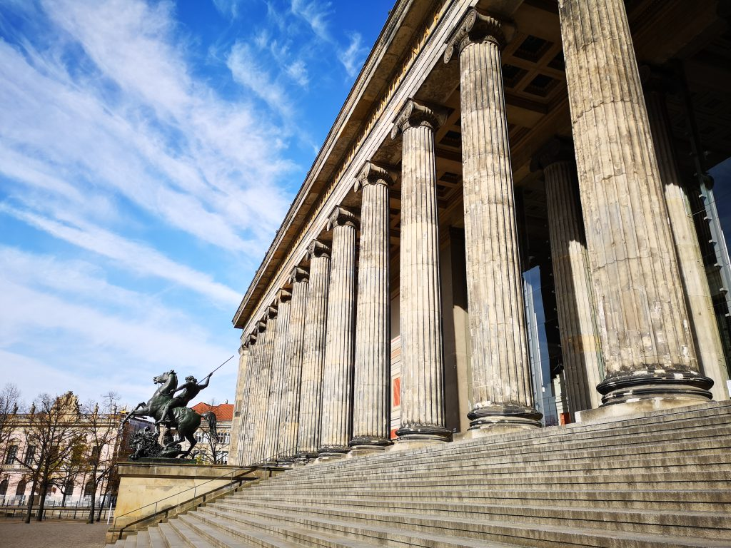 altes Museum Säulen Berlin Weltreise in Berlin