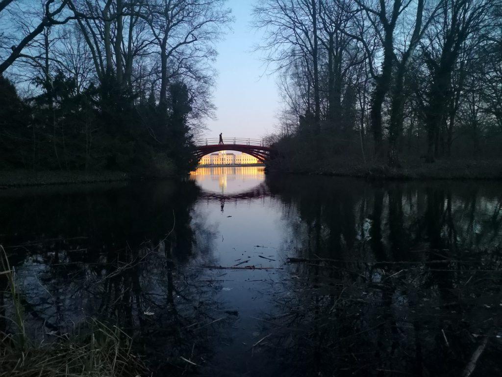 Coole Orte in Berlin zum Spazieren Charlottenburger-Schloss Bruecke