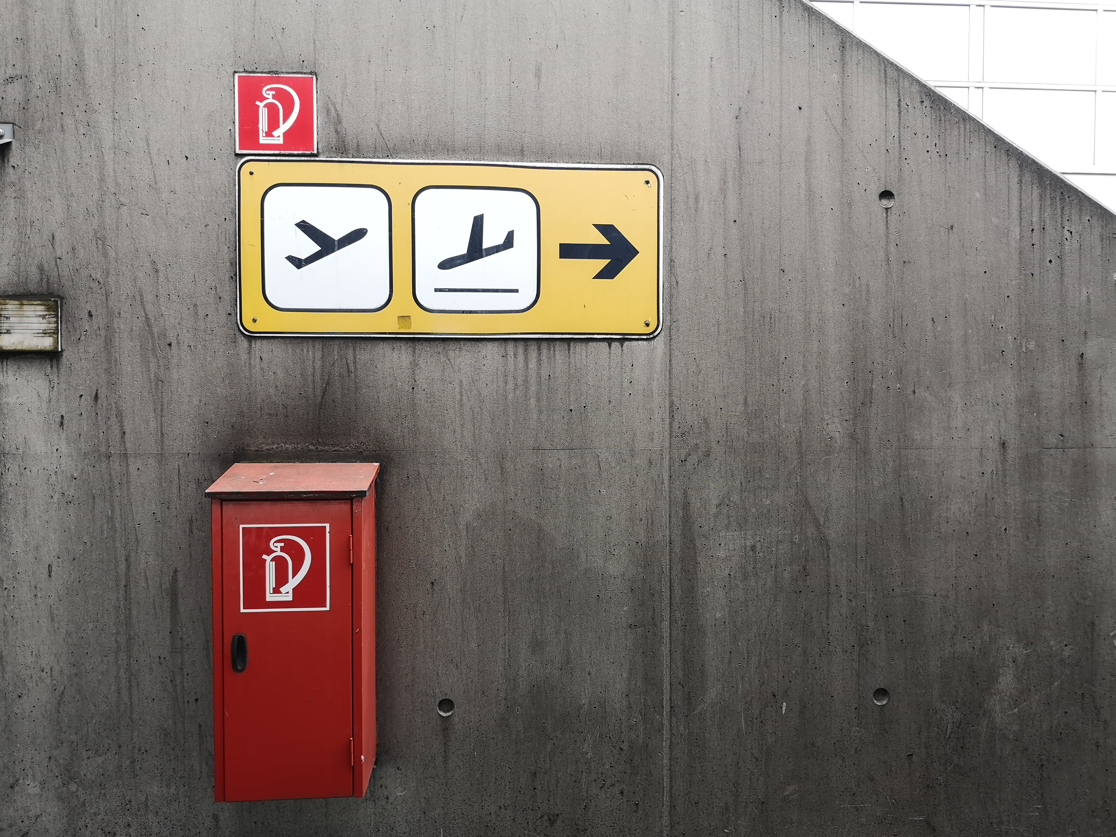 Flughafen-Tegel-Berlin Abflug Ankunft