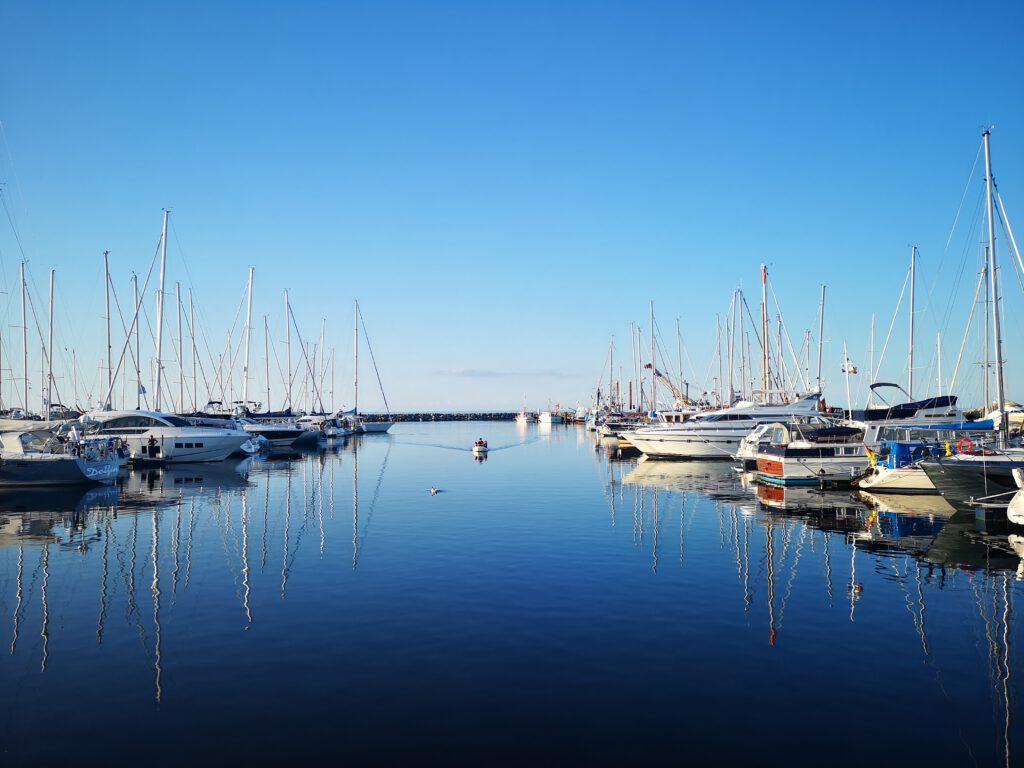 Kuelungsborn-Urlaub-Hafen