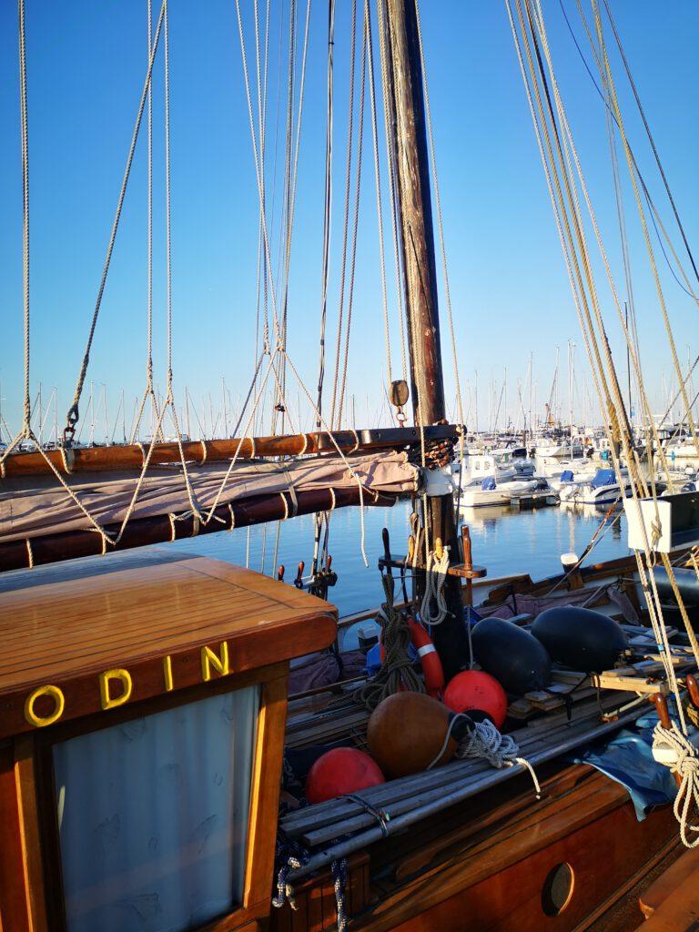 Kuelungsborn-Urlaub-Schiff-Odin