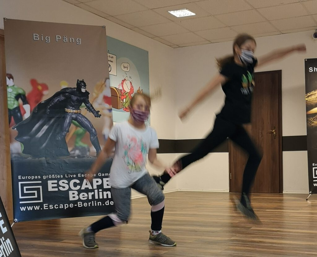 escape game room berlin kinder erfahrung superhelden big pang